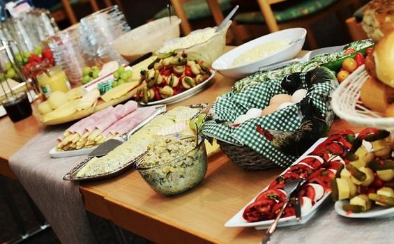 Un buffet estival et gourmand
